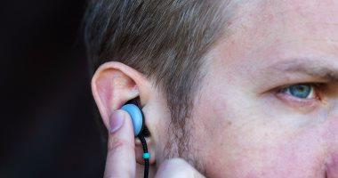 سماعات جوجل الذكية Pixel Buds تصل إلى العديد من البلدان حول العالم -