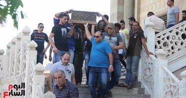 وصول جثمان الممثلة داليا التونى إلى مسجد الحصرى بأكتوبر