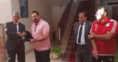 بالصور.. منتخب الشباب يلبى دعوة السفير المصرى فى عمان
