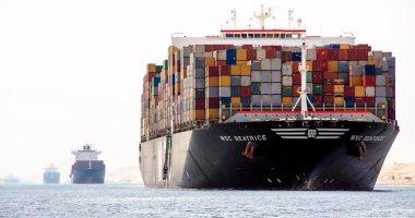 مميش: عبور 47 سفينة قناة السويس اليوم بحمولة 3.7 مليون طن -