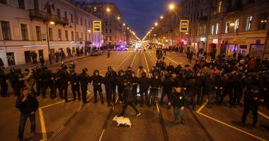 شرطة موسكو: أعداد المشاركين فى مظاهرات وسط المدينة حوالى 20 ألفا
