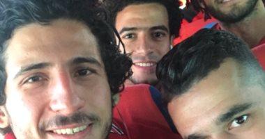 حجازى ينشر صور مع زملائه فى الطريق إلى تكريم الرئيس السيسى