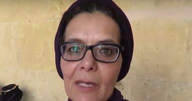 بالفيديو.. الكروشيه يحول «صفاء» من مديرة بنك إلى فنانة مبدعة