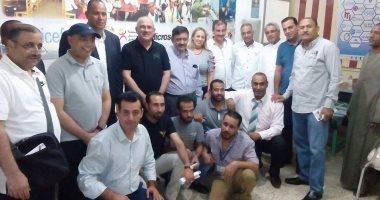 بالصور.. وفد المنتدى العربى للتحول للمدن الذكية يزور جمعية التنمية بالأقصر