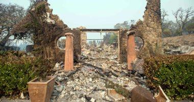 الحرائق تدمر كاليفورنيا ومصرع 21 شخصا بسبب الاختناقات