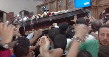 محافظ بني سويف يعزى القيادات الكنسية فى وفاة راعى كنيسة عزبة جرجس