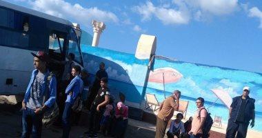 قارئ يشارك بصورة لاصطدام أتوبيس بسور فى العوايد بالإسكندرية