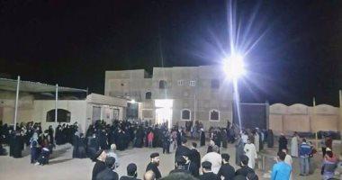 الكنيسة: دفن كاهن الفشن المقتول جوار شهداء حادث دير الأنبا صموئيل