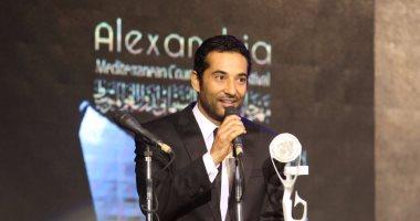 وصول عمرو سعد مقر ختام الإسكندرية السينمائى لتسلم جائزته