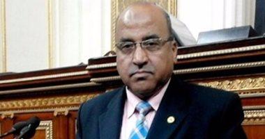 النائب عبد الرازق الزنط يطالب بصرف المعاش بنسبة 80% من آخر راتب أو مكافأة