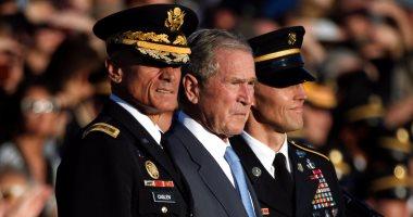 بالصور.. بوش يهاجم ترامب ضمنيا وينتقد
