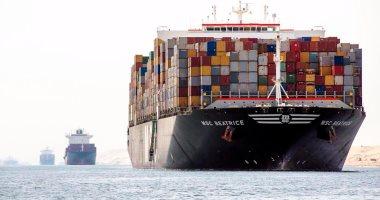 مميش: عبور 236 سفينة قناة السويس بحمولة 15.9 مليون طن فى 5 أيام -