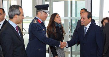 بالفيديو والصور.. الرئيس السيسي يصل إلى مقر إقامته بباريس