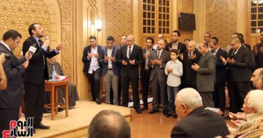 بدء عزاء الشهيد عمرو صلاح بمسجد النخيل فى التجمع الأول