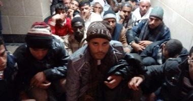 مباحث السلوم تحبط تسلل 31 شخصا إلى ليبيا وتكشف تورط 5 مهربين
