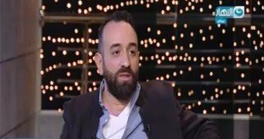 """عمرو سلامة لـ""""محمد رمضان"""": الهوس بما يسمى المنافسة ما هو إلا """"نفسنة"""""""