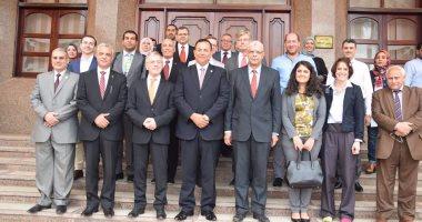 بالصور .. رئيس جامعة المنوفية يستقبل السفير الألمانى لإفتتاح المهرجان الثقافى