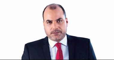 """محمد الباز ينضم لراديو 90 90 ببرنامج """"باقى من الزمن"""""""