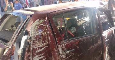 بالفيديو والصور.. قارئ يرسل صور حادث اصطدام ترام سيدى جابر بسيارتين