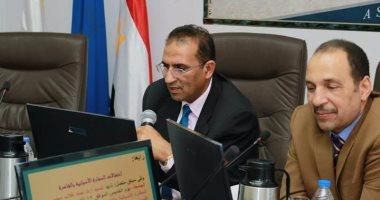 مجلس جامعة أسوان يناقش زيادة الطلاب الوافديين من الدول العربية
