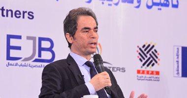 أحمد المسلمانى: معدلات كورونا ستنخفض.. الأرقام الحالية منطقية