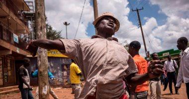 بالصور..الشرطة الكينية تطلق الغاز المسيل للدموع لتفريق معارضين فى نيروبى