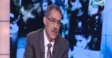بالفيديو..ضياء رشوان: مهدى عاكف مكث بمستشفى المعادى العسكرى عامين بجوار غرفة مبارك
