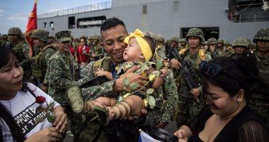 بالصور.. استقبال حافل لجيش الفلبين بميناء مانيلا عقب تطهير جنوب بلاده من داعش