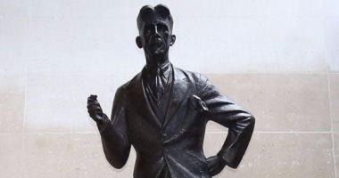 رغم أنه لم يحب العمل بها..  تمثال لـ جورج أورويل فى مبنى الإذاعة البريطانية