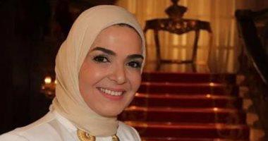 """غدا.. منى عبد الغنى ضيفة برنامج """"عزيز على القلب"""" على صوت العرب"""