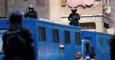 أمن أسوان : تنفيذ 480 حكما لهاربين من العدالة وتحرير 645 مخالفة مرورية -