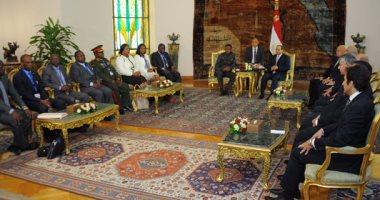 مصر وزامبيا تتفقان على استغلال عضويتهما بمجلس السلم والأمن لصالح أفريقيا (صور)