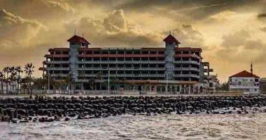 تعرف على 11 معلومة عن فندق اللسان برأس البر.. صور