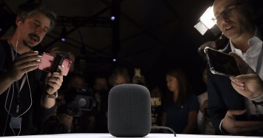 أبل تتوقع شحن 4 ملايين نسخة من جهاز Homepod الذكى العام المقبل -
