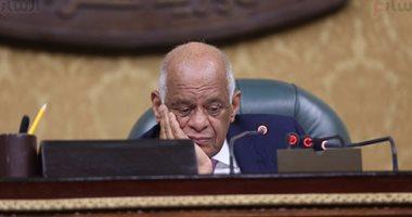 رئيس البرلمان بعد الموافقة على قانون محاكم الأسرة: الشريعة لا تعرف التبنى (صور)