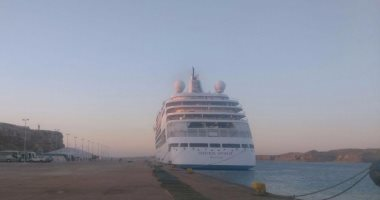 وصول 624 سائحا من جنسيات مختلفة لميناء شرم الشيخ البحرى -