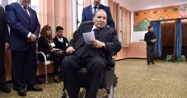 الحزب الحاكم بالجزائر يؤكد التزامه بخارطة الطريق التى أعلنها بوتفليقة