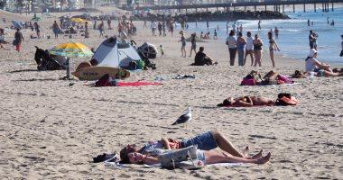 إخلاء شاطئ سياحى بإسبانيا للاشتباه فى العثور على قنبلة