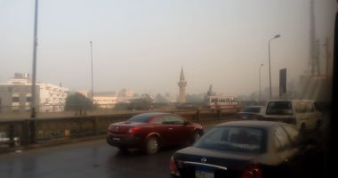 زحام مرورى بمحيط جامعة القاهرة وكوبرى 15 مايو بسبب زيادة الأحمال -