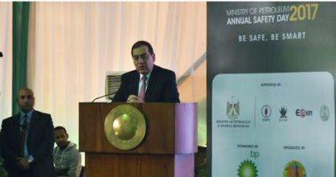 طارق الملا: السلامة والصحة المهنية جزءا رئيسيا من صناعة البترول