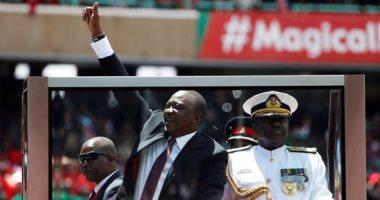 رئيس كينيا يمنع التنقلات مع تنزانيا والصومال بسبب كورونا