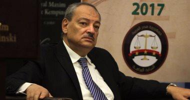 بلاغ يطالب بالتحقيق مع الإعلامية منى أبو شنب لزعمها أن 96% من الزوجات خائنات