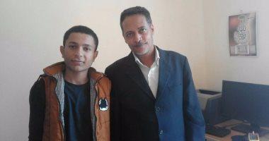 طالب معاق بسوهاج يفوز فى مسابقة الآيسف بعد ابتكاره علاج ضمور العضلات