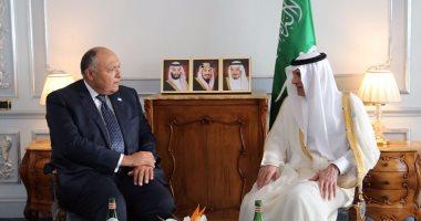 سامح شكرى يبحث مع نظيره السعودى تطورات أزمة قطر فى مقابلة بروما