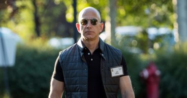 """6 معلومات عن بداية """"جيف بيزوس"""" مدير ثانى أعلى شركة قيمة فى العالم"""