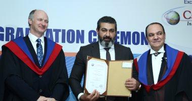 كامبريدج البريطانية تمنح الدكتوراه الفخرية لنيللى كريم وياسر جلال ومارجو حداد