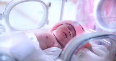 الولادة في الشهر السابع أفضل من الثامن