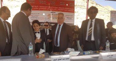 وزير الثقافة يشهد احتفالات أعياد الطفولة بحضن الجبل بقرية المعابدة بأسيوط