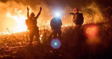 صور.. الطبيعة تنتقم من أمريكا والحرائق تلتهم الأخضر واليابس فى كاليفورنيا