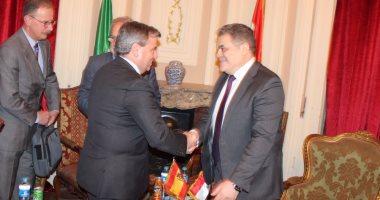 صور.. السيد البدوى يبحث مع سفير إسبانيا دعم العلاقات بين البلدين